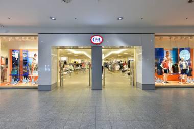 1601cc4eaac53e C&A jest liderem branży odzieżowej w wielu krajach europejskich, oferuje  stroje dla osób w każdym wieku i na każdą okazję, a poszczególne marki C&A  ...