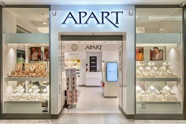 951c105ceff86 Firma APART posiada największą sieć salonów jubilerskich w Polsce. W  naszych salonach oferujemy Państwu szeroki wybór biżuterii oraz zegarki  najlepszych ...