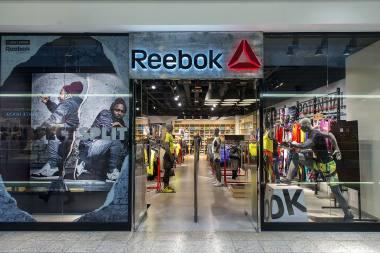 f91b98167f904 Reebok jako globalna marka jest pionierem na rynku sportowym. Posiada  bogatą historię w bieganiu, treningach i fitnessie.