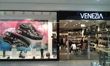 fa3f328f VENEZIA to stylowe obuwie i akcesoria skórzane dla kobiet i mężczyzn.  Wyróżnia nas nowoczesny, a zarazem elegancki design oraz dbałość o detale,  ...